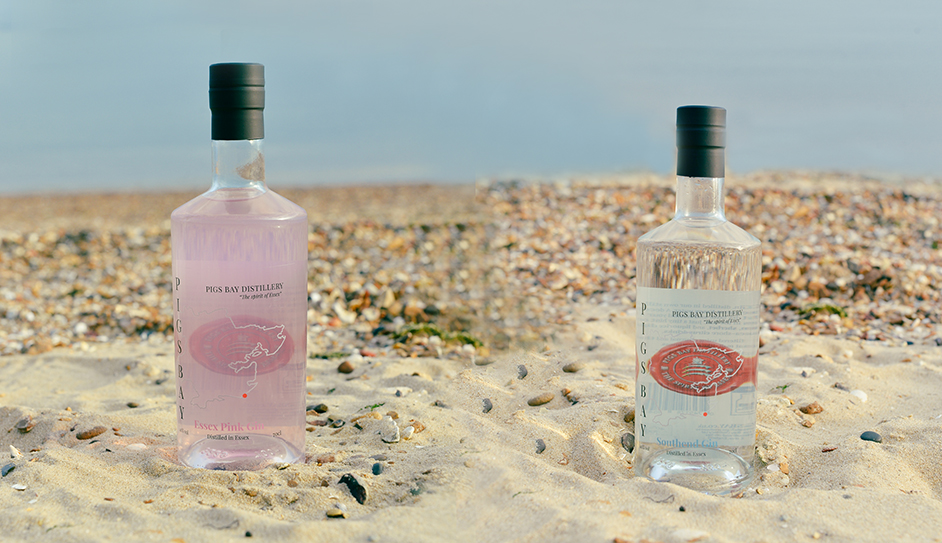WIN! 2 x bottles of Gin from Southend Distillery - Pigs Bay! Worth £50!